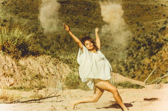 dancing-daytime-girl-807545