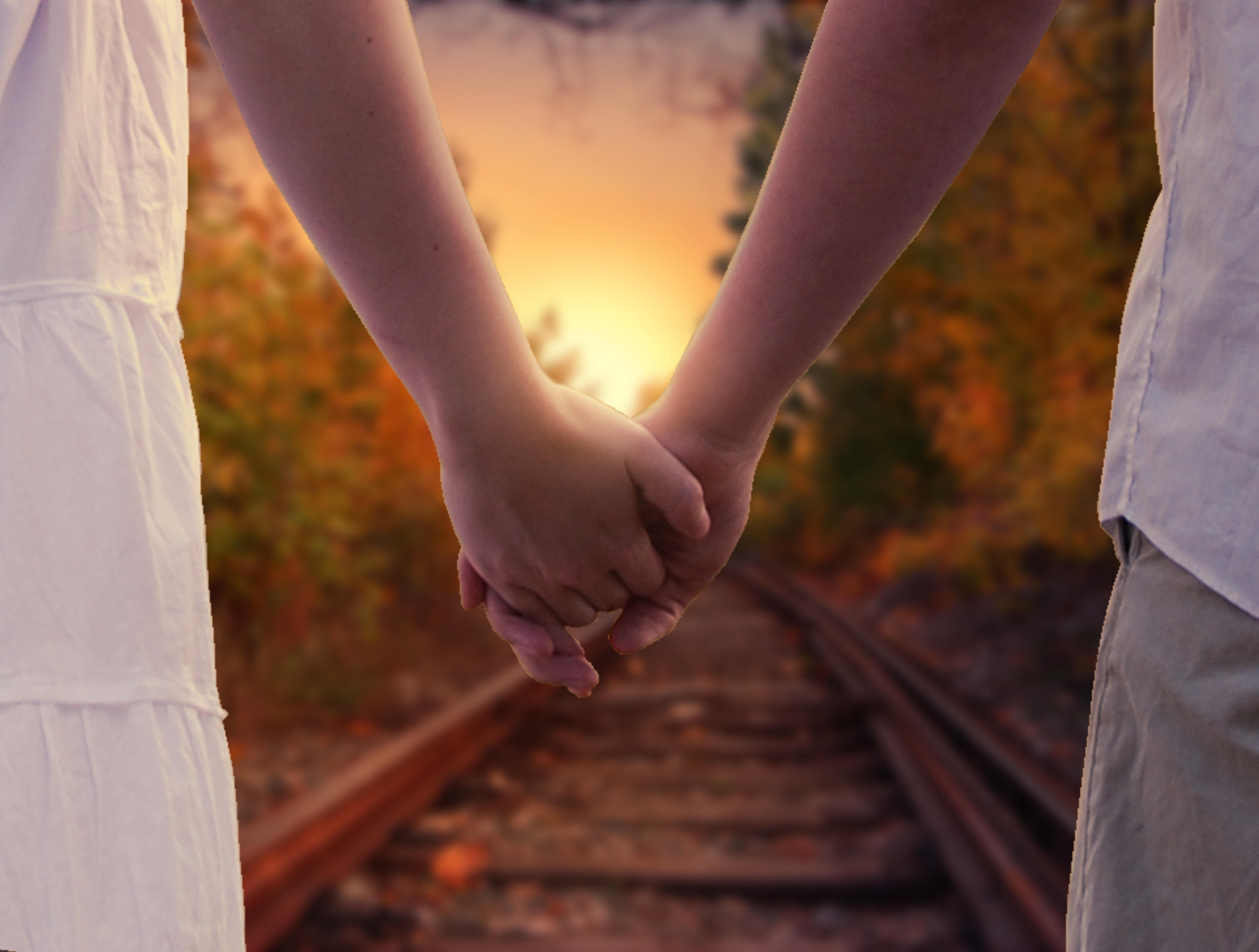close-up-hands-holding-hands-220419