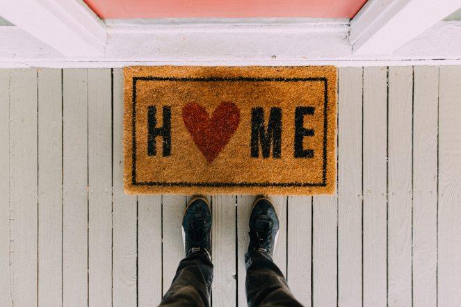 black-home-area-rug-2950003